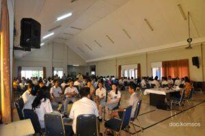 Seminar yang didominasi dari pelajar yang mengikutinya.